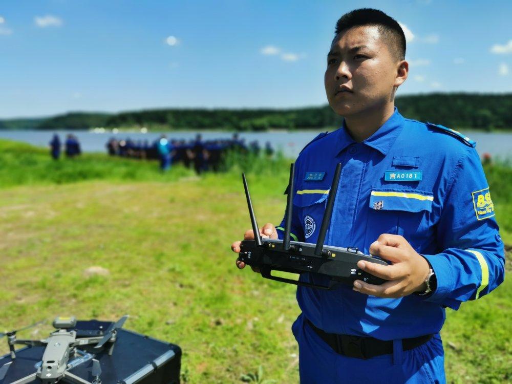 办公室飞赞视频_吉林龙航无人机科技服务有限公司,长春无人机培训